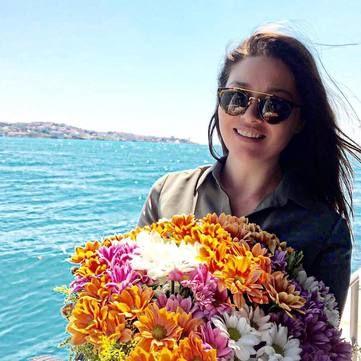 Актриса Нургюль Ешілчай: Біографія, особисте життя, фільмографія та фото