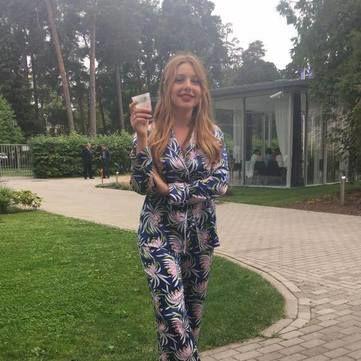 Тіна Кароль підготувала особливий сюрприз на відкритті фестивалю в Юрмалі (відео)