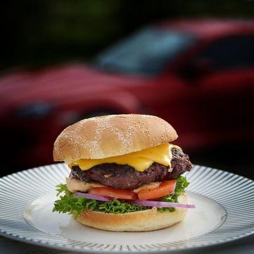 Як приготувати корисний бургер у домашніх умовах