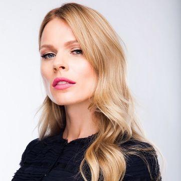 Ольга Фреймут перетворилася на звабливого таємного агента