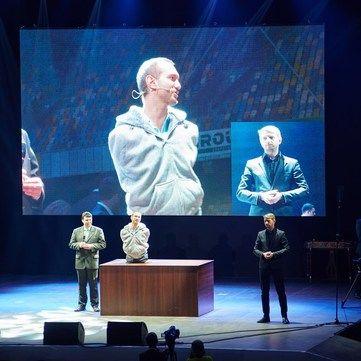 Легендарний Нік Вуйчич відвідає Україну