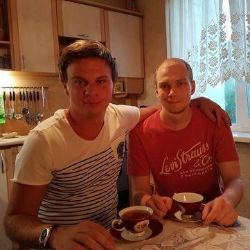 Дмитро Комаров закликає врятувати життя важкохворому юнаку