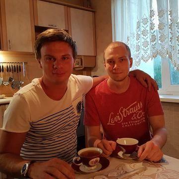 Дмитро Комаров за два дні зібрав 765 тисяч на лікування важкохворого хлопця