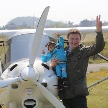 Дмитро Комаров здійснив мрію найменшого чоловіка у світі