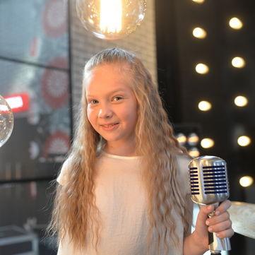 Донька Євгена Кошового пройшла на шоу «Голос. Діти 3»