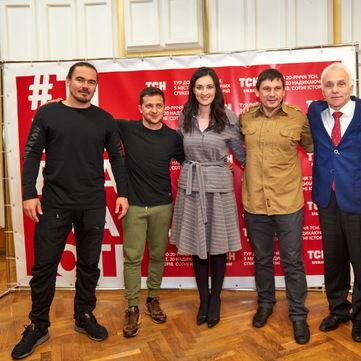 «Ті, що вражають»: Тур містами України до 20-річчя ТСН стартував у Маріуполі