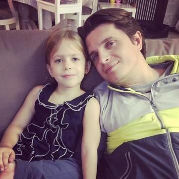 Донька Анатолія Анатоліча розчулила своїм незвичним проханням до батьків (відео)