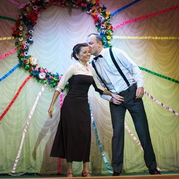 Танець Марічки Падалко з чоловіком викликав захват у донечки