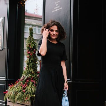 Чорна сукня: 5 образів на всі випадки життя