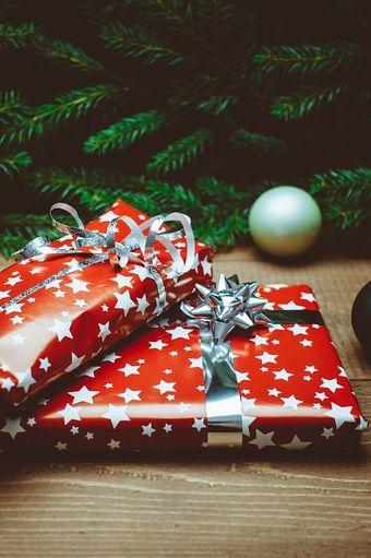 Що подарувати на Новий рік: 10 універсальних ідей, які підійдуть кожному