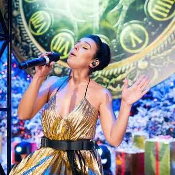 Джамала у казковій сукні представить українську версію хіта Jingle Bells