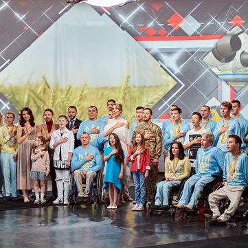 Зірки «1+1», учасники «Голос. Діти 3», герої АТО  та паралімпійці підготували сюрприз глядачам каналу (відео 360⁰)