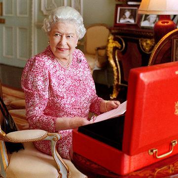 Королева Великої Британії шукає собі помічника