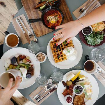 Що корисно їсти на сніданок: Поради дієтолога