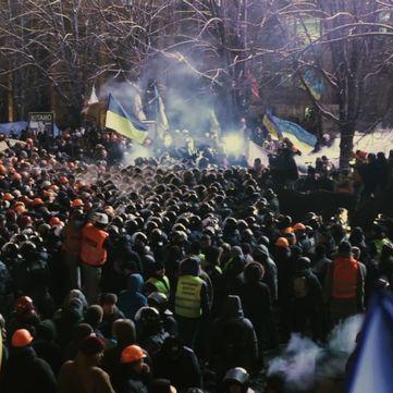 «1+1» покаже документальний фільм  про Майдан від володаря трьох «Оскарів»