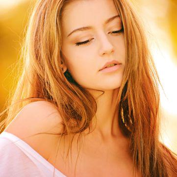 3 вправи, які збережуть молодість шиї та декольте