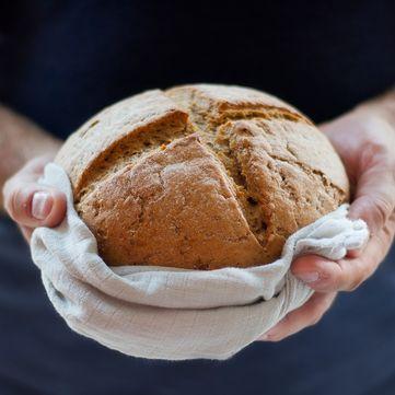 Як правильно зберігати хліб, щоб він довше залишався свіжим