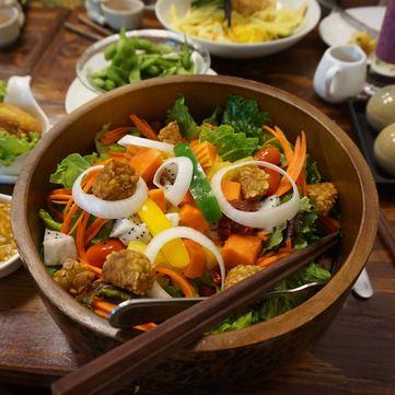 Простий рецепт пісного салату з моркви та апельсина