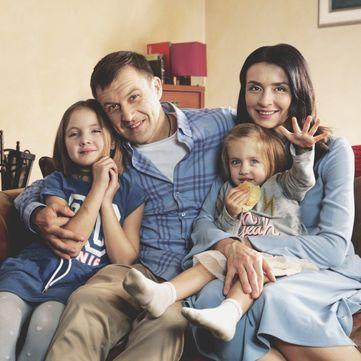 «1+1» запустив проект про щасливі родини та їх сімейні традиції