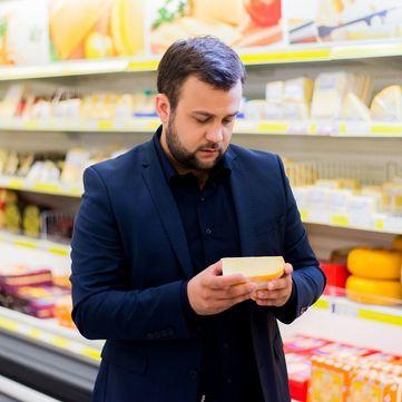 Як правильно зібрати продуктовий кошик на Великдень: Поради Олексія Душки
