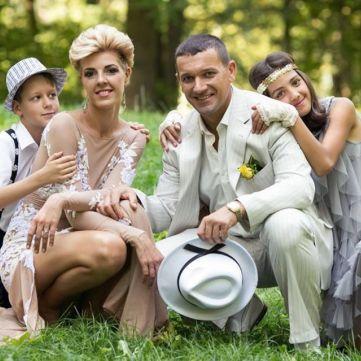 Зірки серіалів «Центральна лікарня» та «Хазяйка» взяли участь в реаліті «4 весілля»