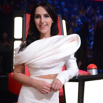 Джамала вразила схожістю з сестрою на суперфіналі «Голосу країни» (фото)