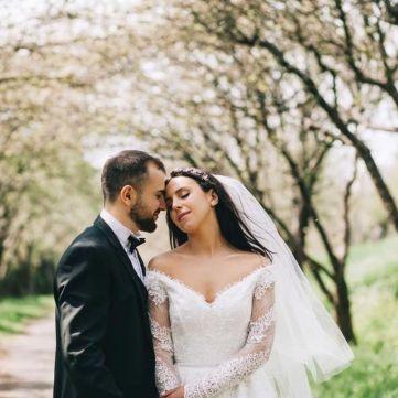 Джамала поділилася світлинами зі свого весілля
