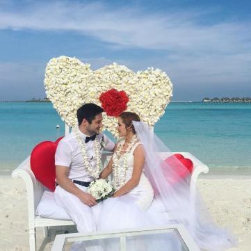 Медсестра з серіалу «Центральна лікарня» розповіла,  де провела весільну подорож (фото)