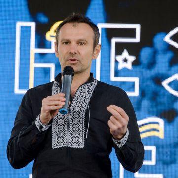 Святослав Вакарчук виголосив проникливу промову на презентації книги «Незалежність очима ТСН»