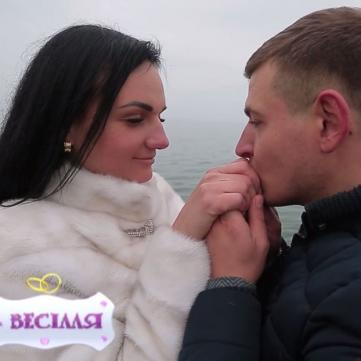 Учасниці реаліті «4 весілля» стали ведучими на святі конкурентки