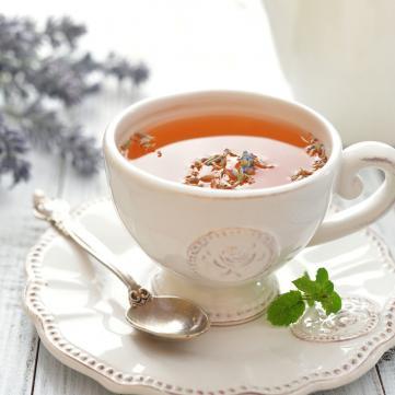 Магія трав: Рослини для чаю, який подарує вам спокій