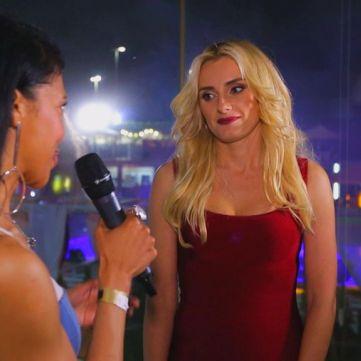 Львівська співачка Ірина Федишин пояснила, звідки її чоловік взяв гроші, щоб подарувати їй червоний «Порш»