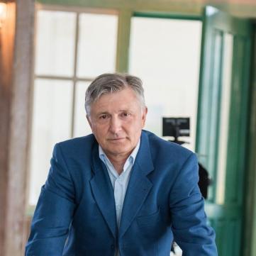 Станіслав Боклан «врятував» дівчину з-під колес автівки