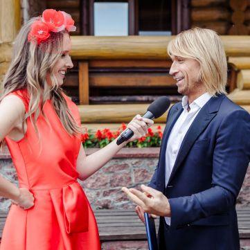 Олег Винник про свою роботу на весіллях: «Кажуть, якщо торкнешся Винника - то щасливо вийдеш заміж»