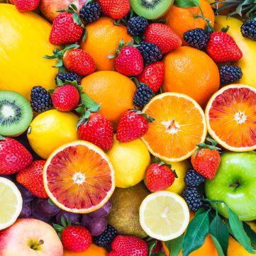 5 низькокалорійних фруктів, які сприяють схудненню