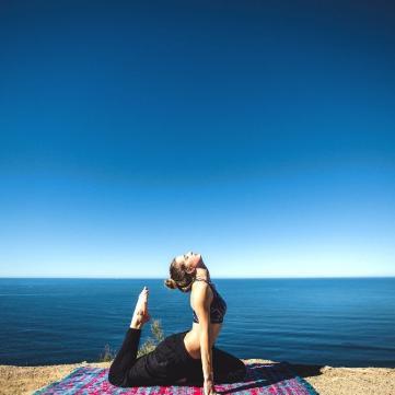 Йога для початківців: 6 простих вправ для кожного