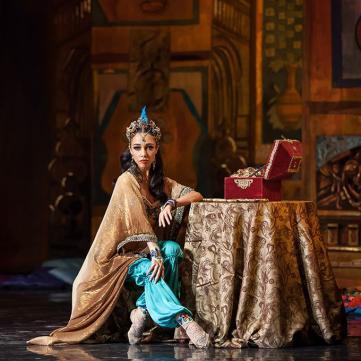 Відома балерина Катерина Кухар запросила ведучого Євробачення у шоу «Танці з зірками»