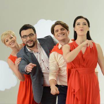 Колеги Анатоліча, глядачі та друзі «Сніданку з 1+1» зворушливо попрощалися з ведучим під час його останнього ефіру