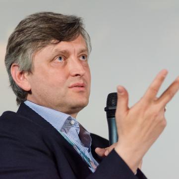 Сергій Лозниця: «Мати свій кінематограф у незалежній країни — це стратегічна задача»