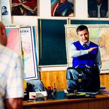 Реформи  від «Слуги народу»:  Відповідь Зеленського українським політикам