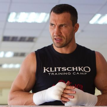 Володимир Кличко йде з боксу: 10 фото, яким він нам запам'ятається