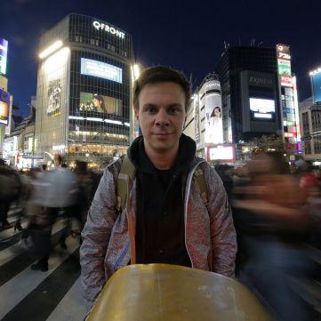 Дмитро Комаров дізнається, чому японці зводять рахунки з життям