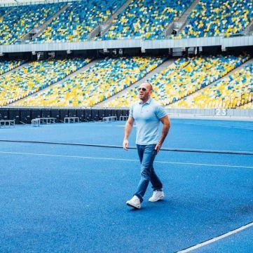 Джейсон Стетхем знявся у рекламному ролику на НСК «Олімпійський»?