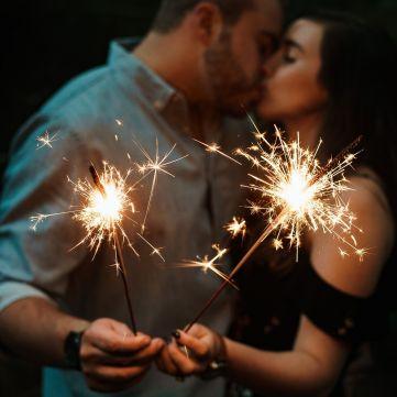 Річниці весілля за роками: Що прийнято дарувати?