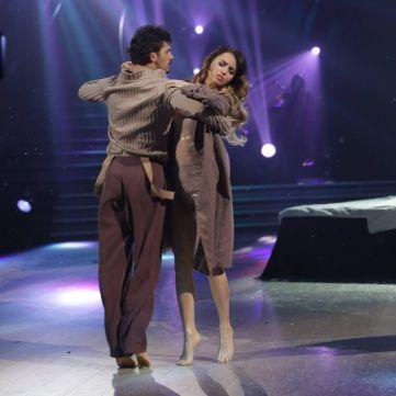 Хто пройшов у півфінал оновленого шоу Танці з зірками: що дивитися на 1+1 цього тижня