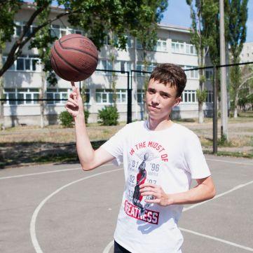 «Здійсни мрію» запрошує на баскетбольний матч заради мрії підопічного зустрітися з Майклом Джорданом