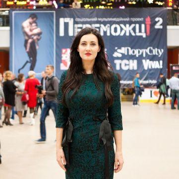 Соломія Вітвіцька відкрила найбільшу виставку «Переможці-2» в Луцьку