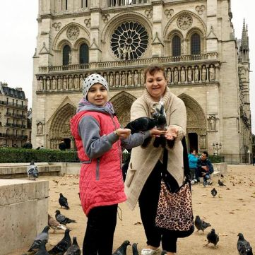 Проект «Здійсни Мрію» допоміг 10-річній дівчинці побачити Париж