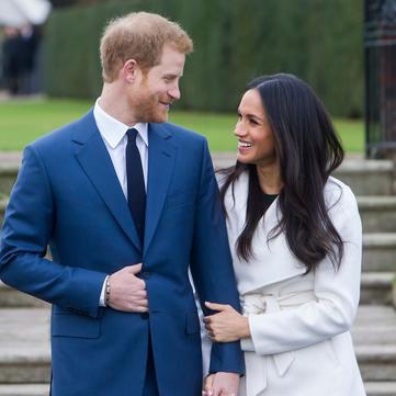 Принц Гаррі та Меган Маркл показали фото із заручин