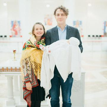 Святослав Гринчук показав зворушливі фото хрещення доньки